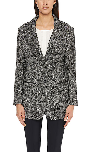 Tweed jacket, details in patent leather