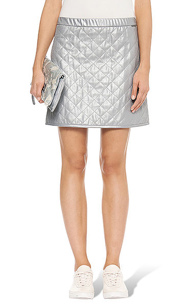 Quilted skirt with a glossy effect