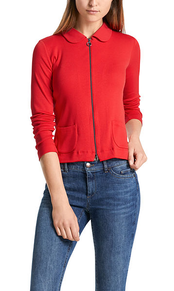 Jacket with ring zipper