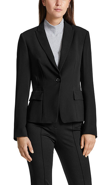 Fitted blazer in crêpe