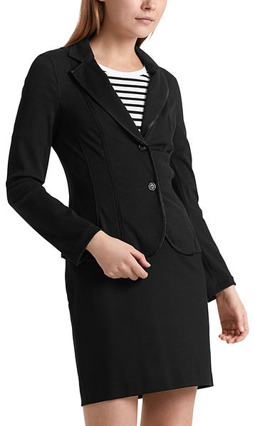 Sporty blazer in 3D mesh