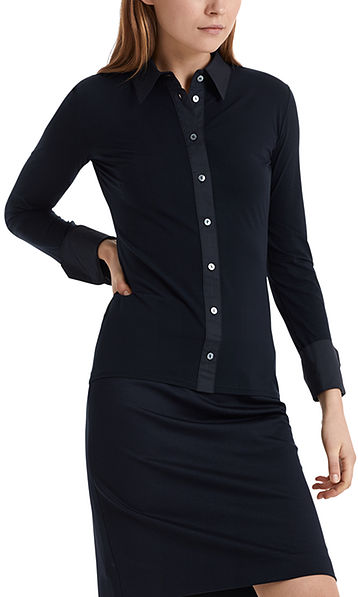 Fine blouse in mixed materials