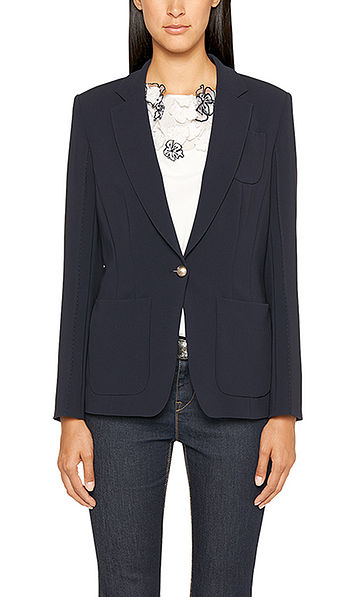 Exquisite single-buttoned blazer