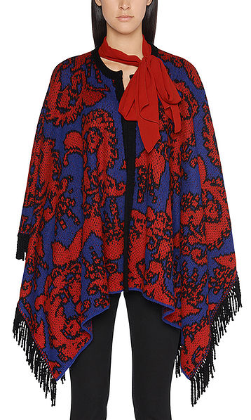 Cape with arabesque pattern