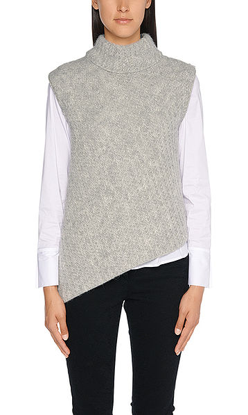 Asymmetrical sleeveless pullover
