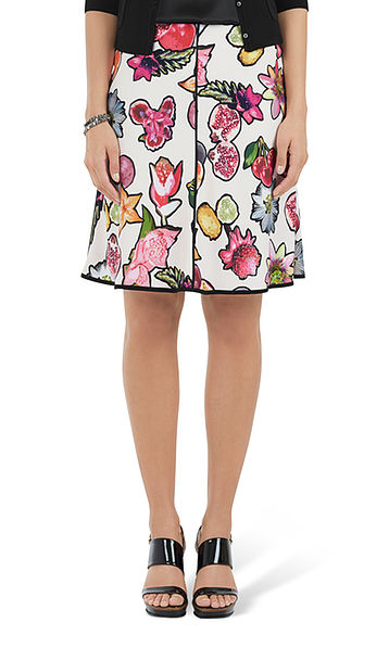 Skirt with tropical fruits