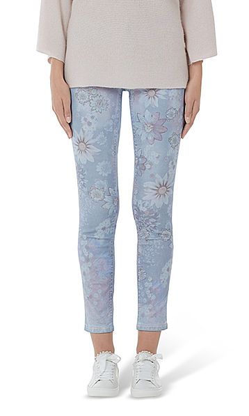 Jeans with passion-flower print