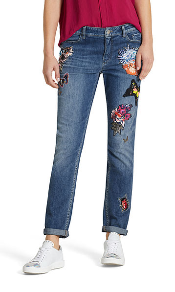 Jeans mit Patches