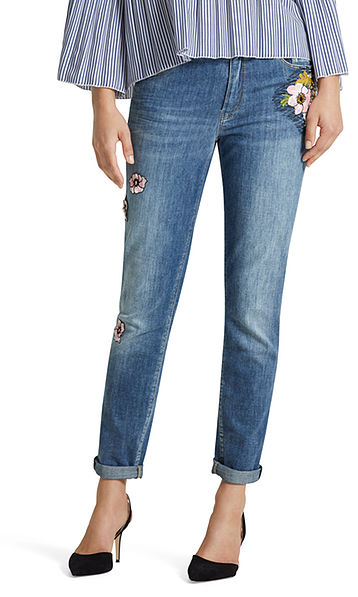 Jeans mit Stickerei-Patches