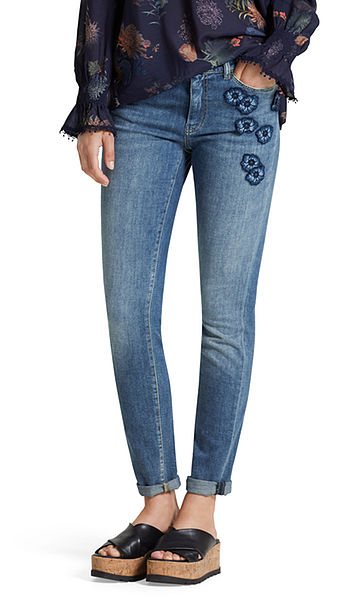 Slim-fit jeans with patches