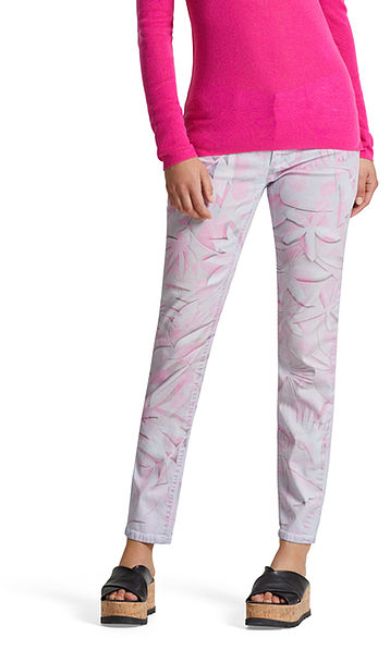 Jeans with paper print