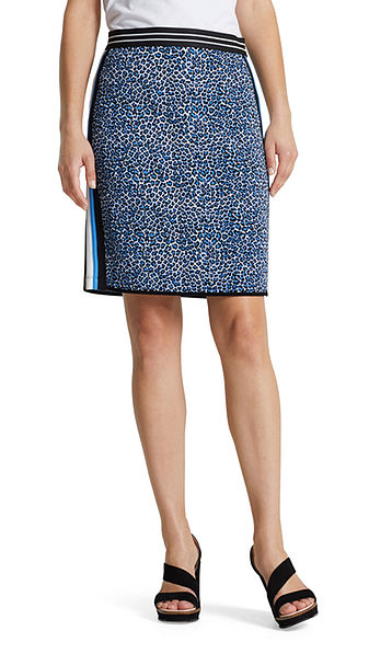 Jacquard skirt with leopard pattern
