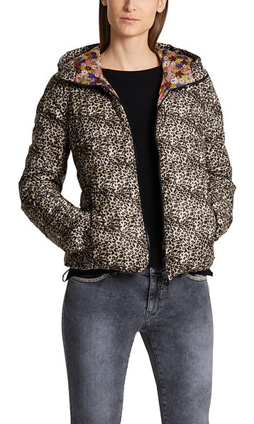 Reversible printed down jacket