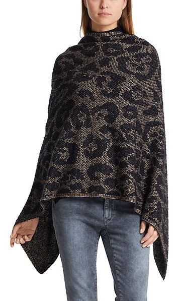 Cape with leopard pattern