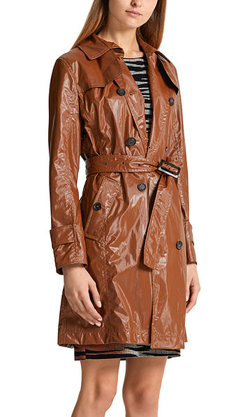 Trench-coat verni