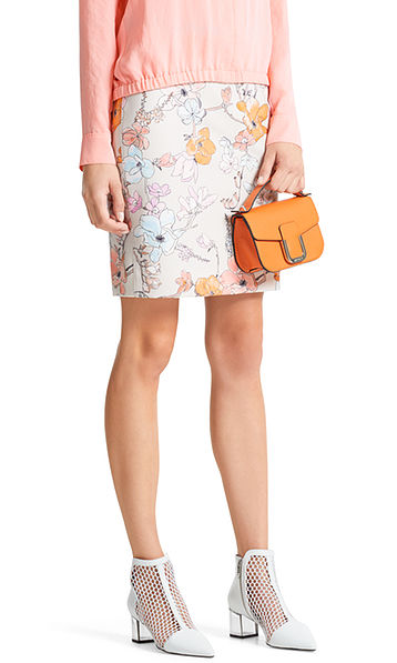 Skirt with magnolias