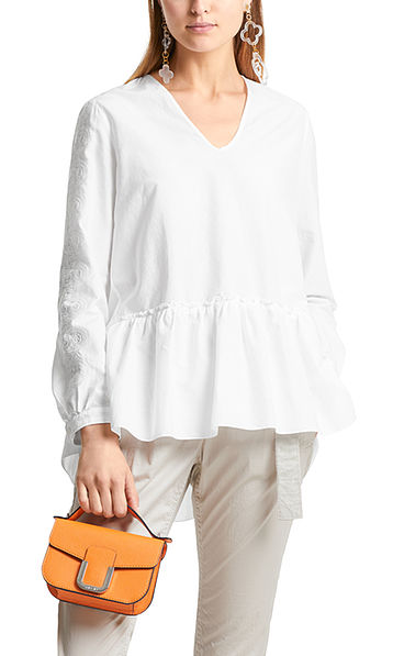 Bestikte blouse met zijde