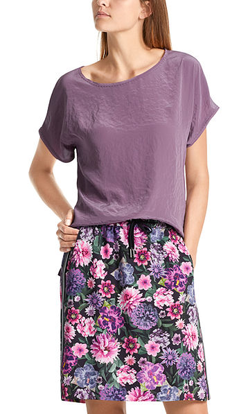 Shimmering blouse-style top
