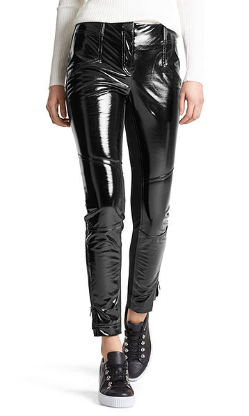 Pants in patent jersey