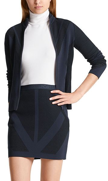 Short knitted jacket with lurex