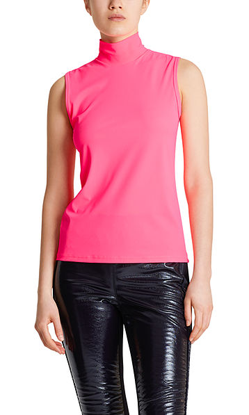 Stretchy top with stand-up collar
