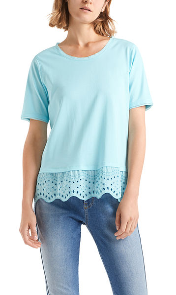 T-shirt with elegant broderie anglaise
