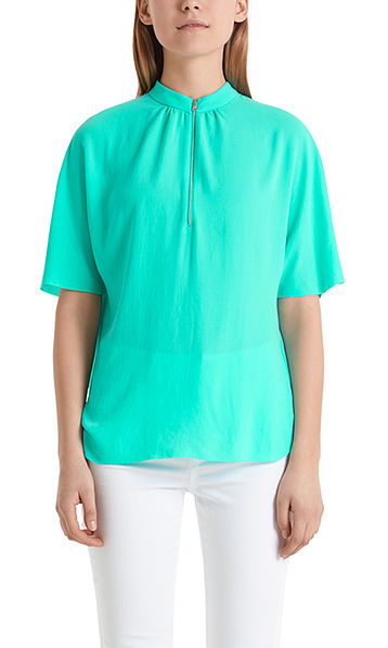 Blouse-style top with zip fastening